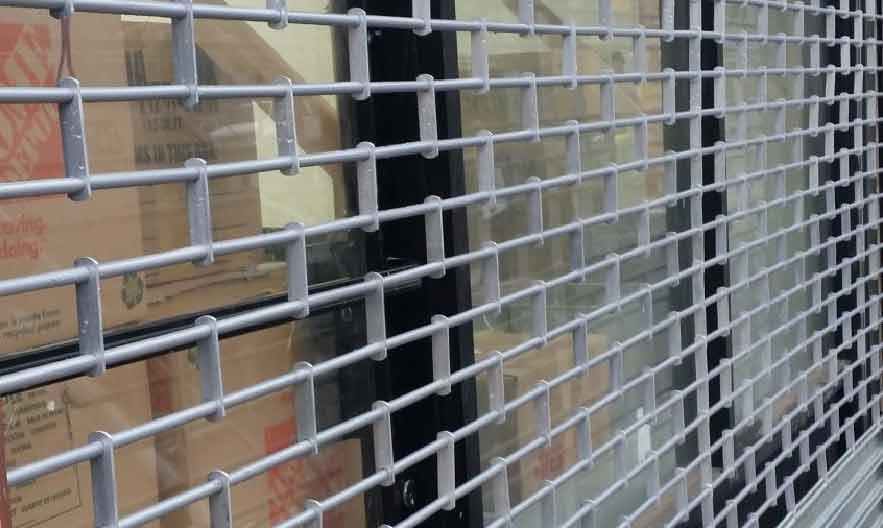 gate repair,gate installation,roll up gate,rolling gate,